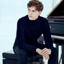 Festival Strings Lucerne - Jan Lisiecki