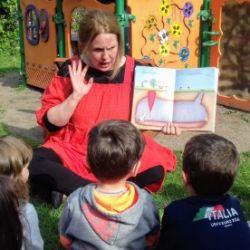 Libri all'aria: letture all'aria aperta per bambini 3-6 anni