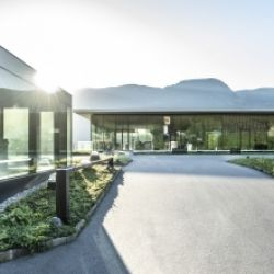 Wine & Design nella Cantina Merano a Marlengo