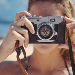 Fotografie für AnfängerInnen Spiegelreflex- Spiegelloskamera
