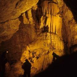 Sulle orme degli orsi - Gita alla grotta delle Conturines