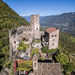 Castel Hocheppan